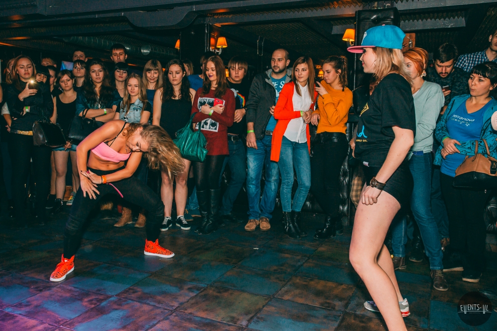 tancevalnye-batly-v-matreshka-bar (3)